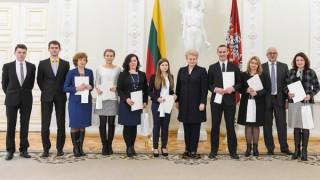 Winners of Polish language Olympiad honored by President Grybauskaite